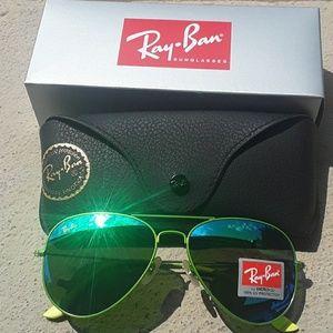 Brand New All Green RayBan Aviators 62mm